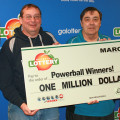 Thế giới phấn khích trở lại với giải xổ số PowerBall gần 300 triệu USD